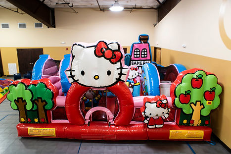 Hello Kitty-1-2.jpg