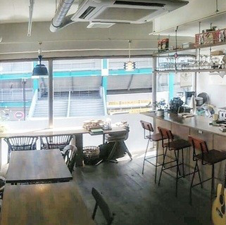 神奈川:Café space 二階(横浜市 二俣川)