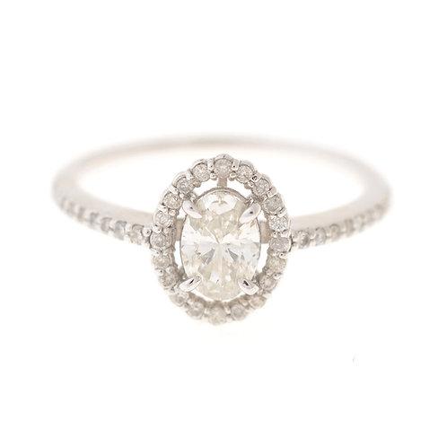 プラチナ・オーバルダイヤモンドリング