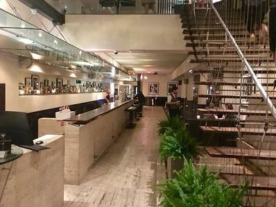 restaurant bar and grill manchester foye