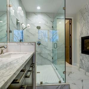 DAR bathroom.jpg
