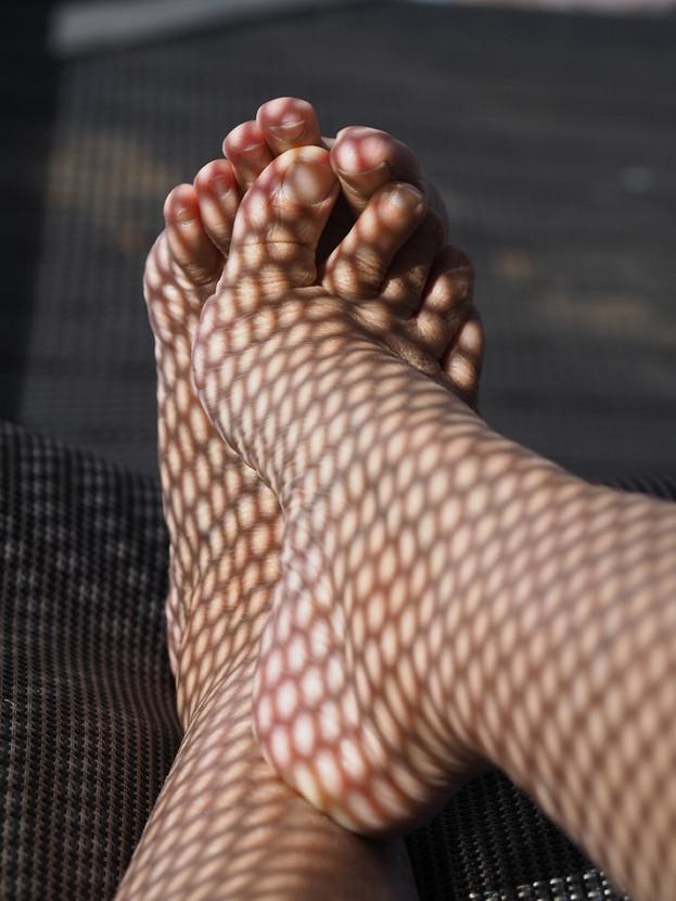 Lynette Webb - Foot Hole-D