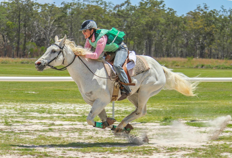 Violet Whitaker   Ride Like a Girl - HONOUR