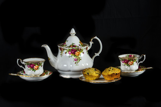 Rosemarie Edwards - Tea for two