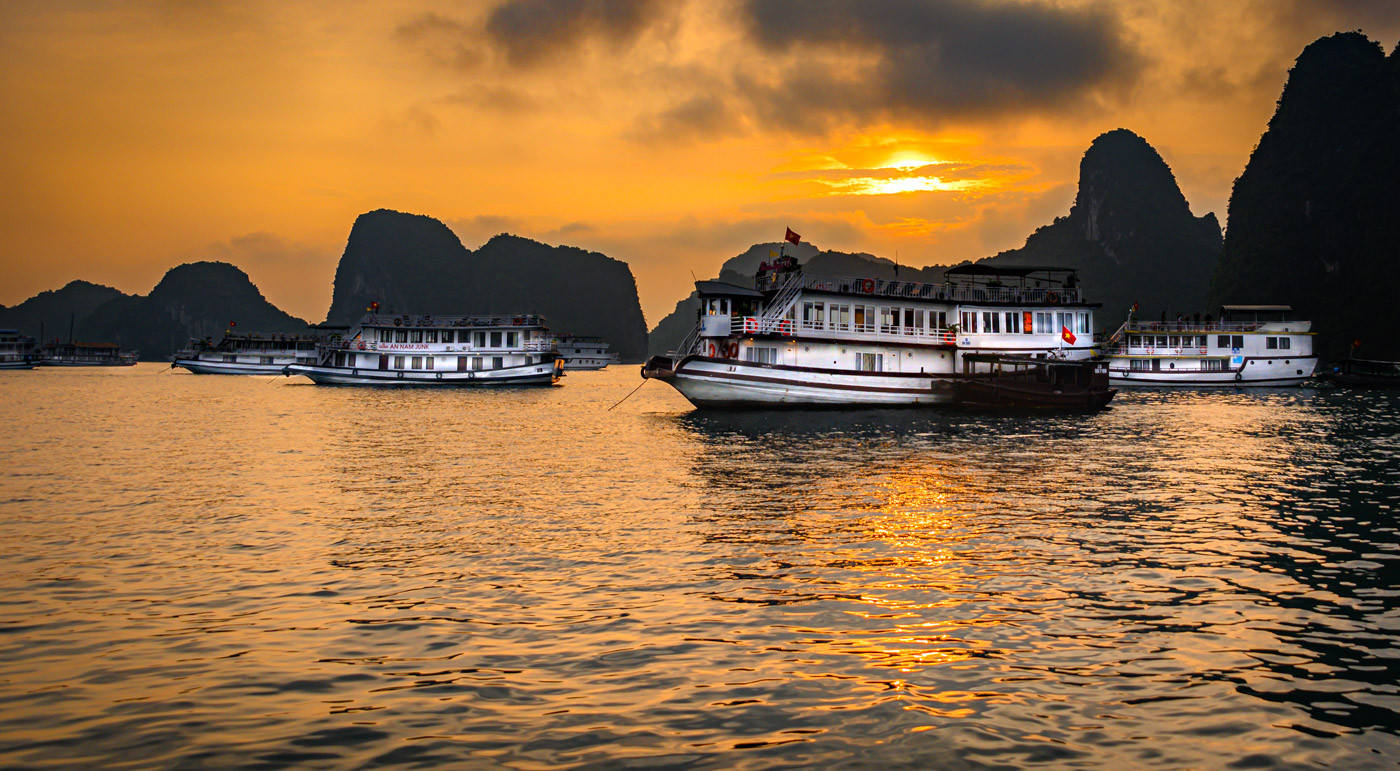 Rosemarie Edwards - Sunrise at La Hong Bay MERIT