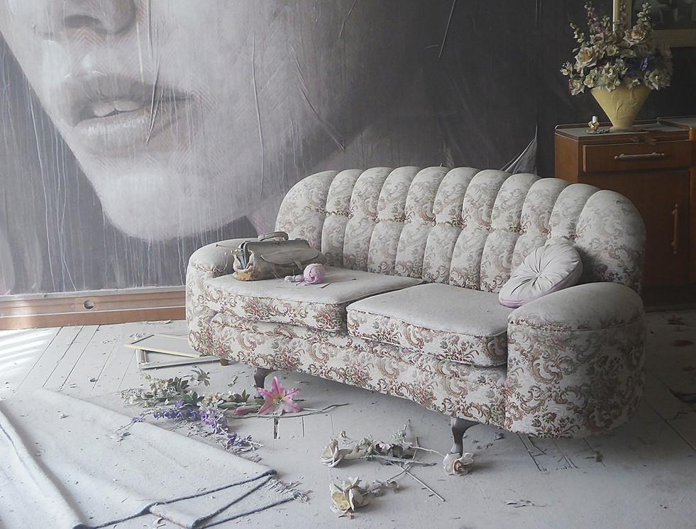 Di Wyatt - Grandmas Couch Honour.jpg