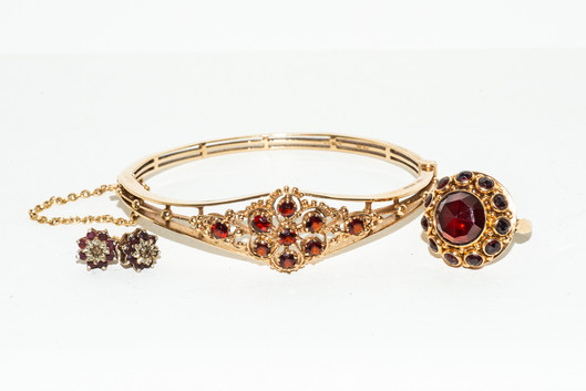 Rosemarie Edwards - J for jewelry-Merit.