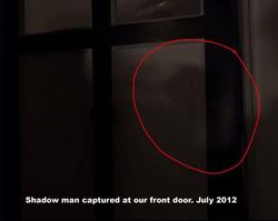 PHOTO 5 Shadow man