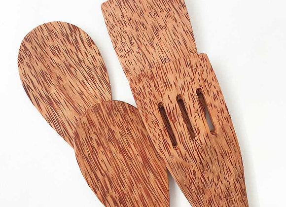 Huski Home coconut wood cooking utensils - set of 4. At Fillthemup