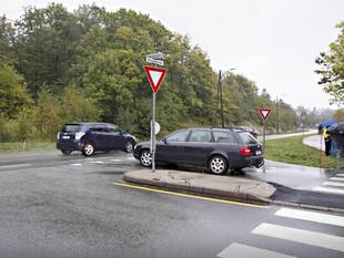 Sømsveien/Dvergsnesveien: Krever ny rundkjøring nå