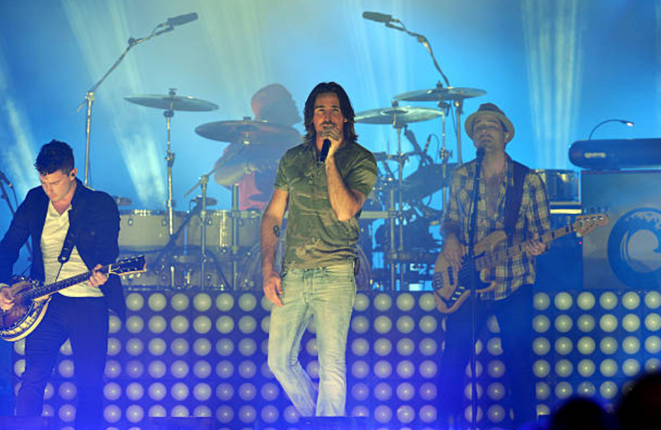 Playing Live at the 2013 Orange Bowl Halftime Show with Jake Owen