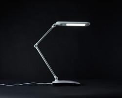 ottlite-stretch-crane-lamp4