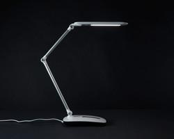 ottlite-stretch-crane-lamp3
