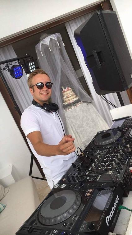Winston Black Wedding DJ Ibiza.JPG