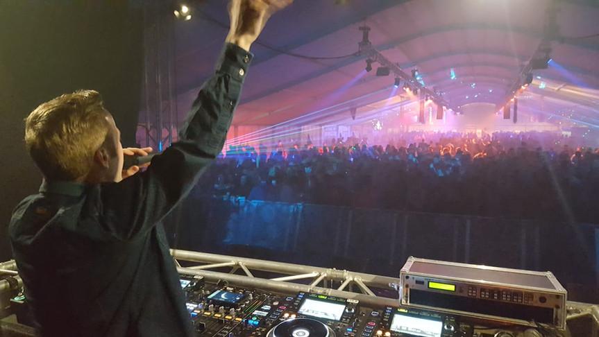 Winston Black Feesttent Persoonlijk DJ.J