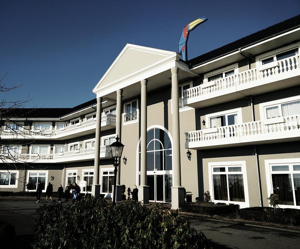 Haupteingang Van der Valk Resort Linstow