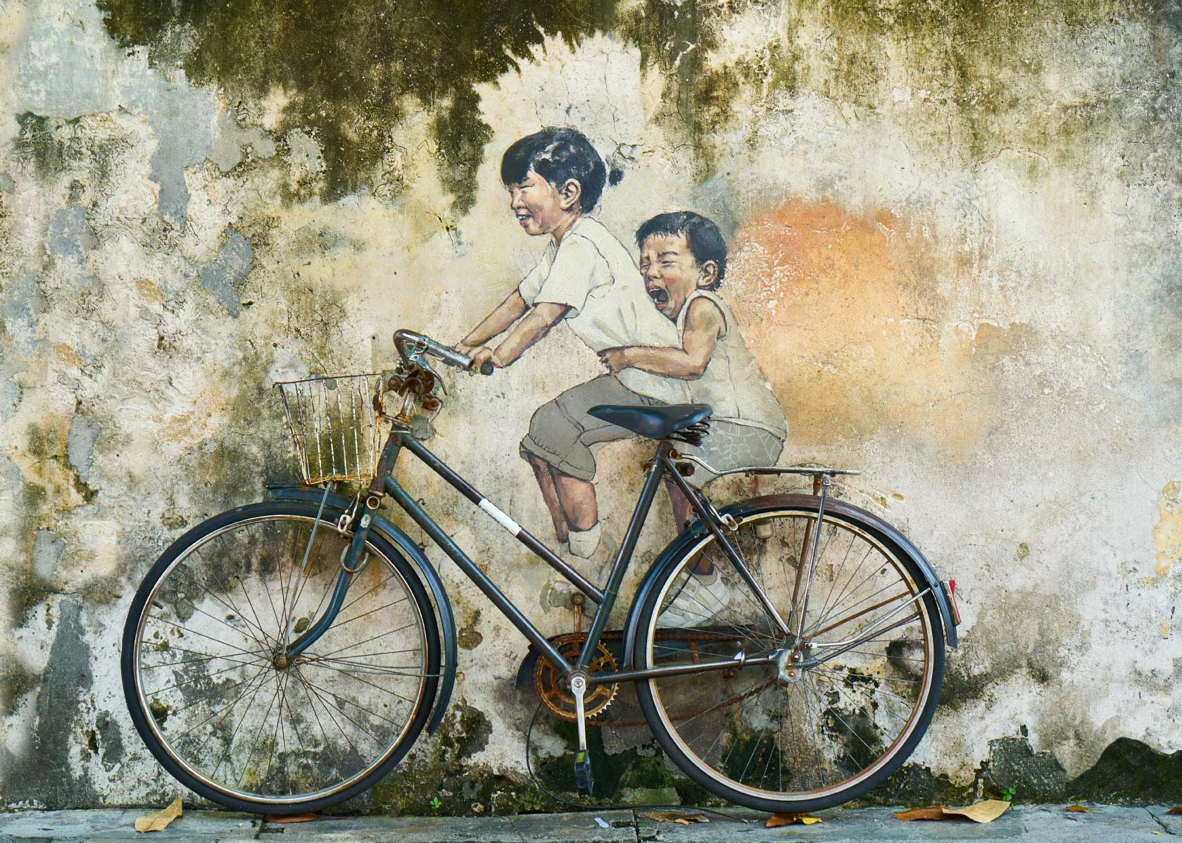 graffiti-children-bicycle