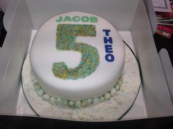 5 sprinkle cake