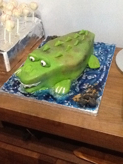 Selfish crocodile cake