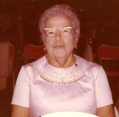Nanny at Wedding (2).jpg