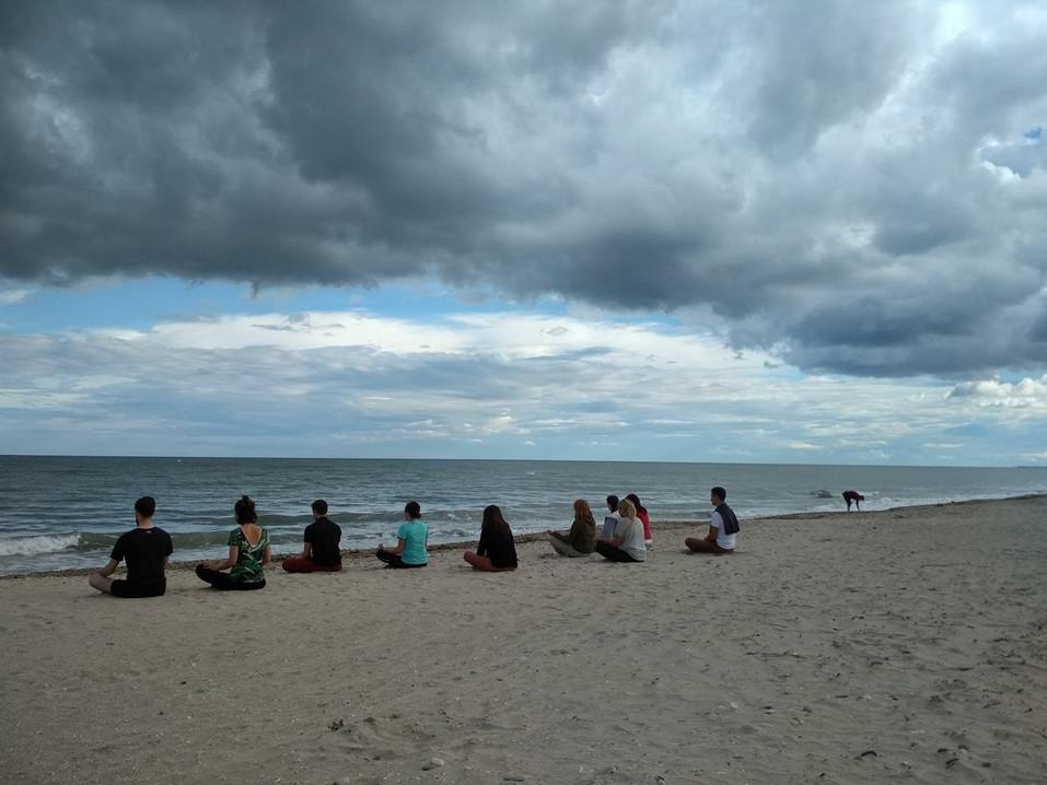 méditons à la plage!