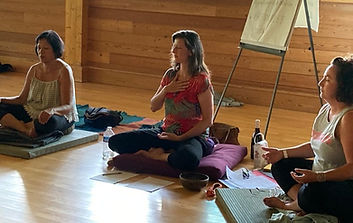 Stage de méditation au domaine du Taillé en Ardèche.