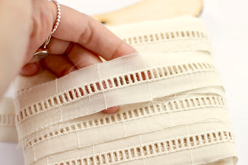 Lace Trim 27mm Wide with Central Line Pattern 100% Organic Cotton