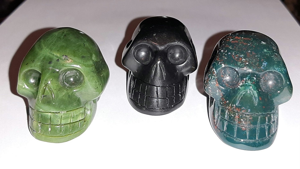 Crystal skulls 5.5cm x 4cm x 4cm Nephrite Jade, Shungite, bloodstone