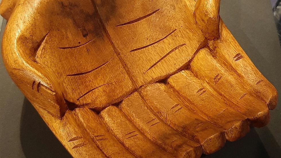 Wooden hands dish