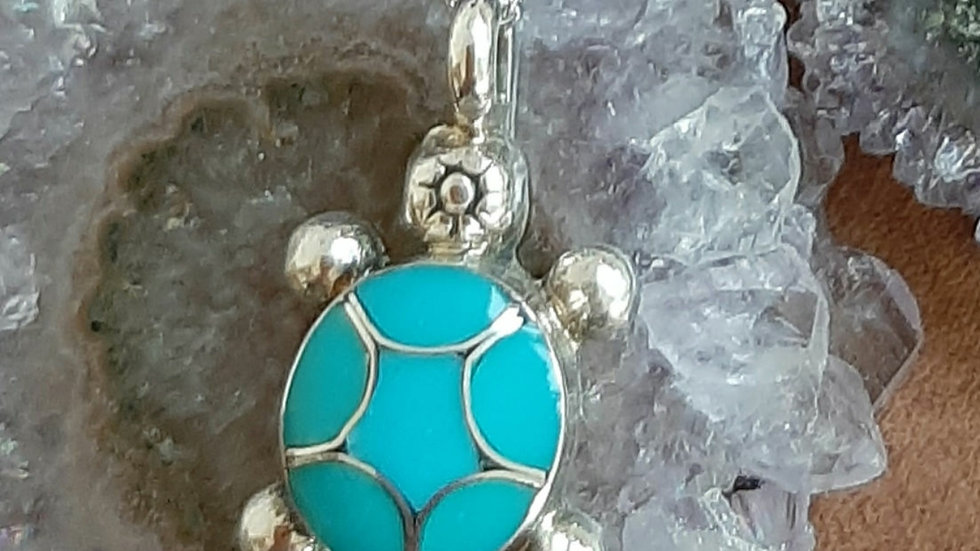 Turquoise stone inlay tortoise pendant with chain