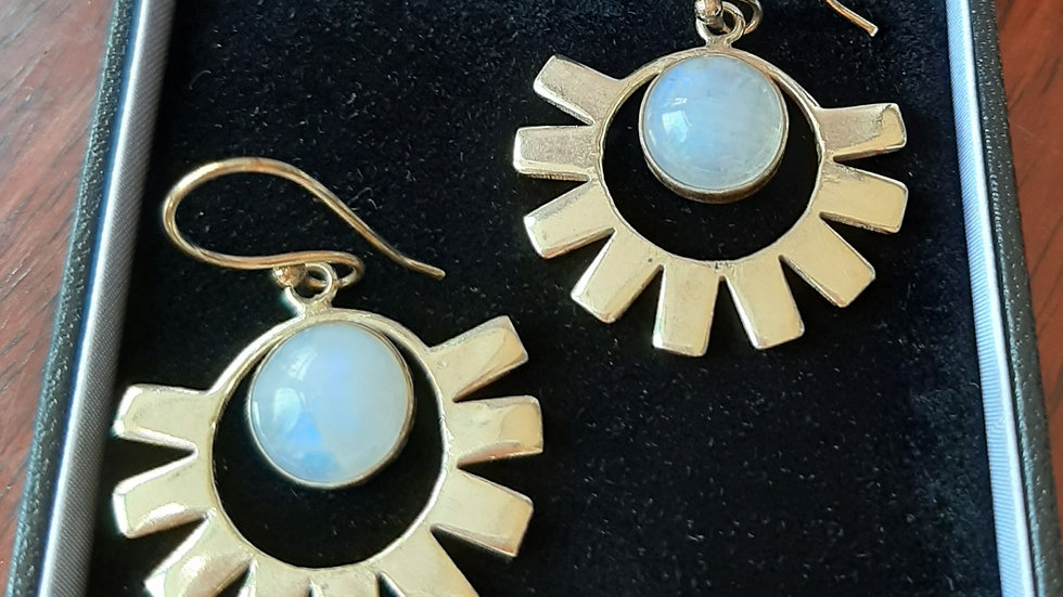 Moonstone set in brass metal