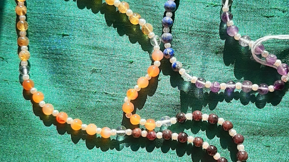 7 stone chakra mala 108 beads pearl spacers