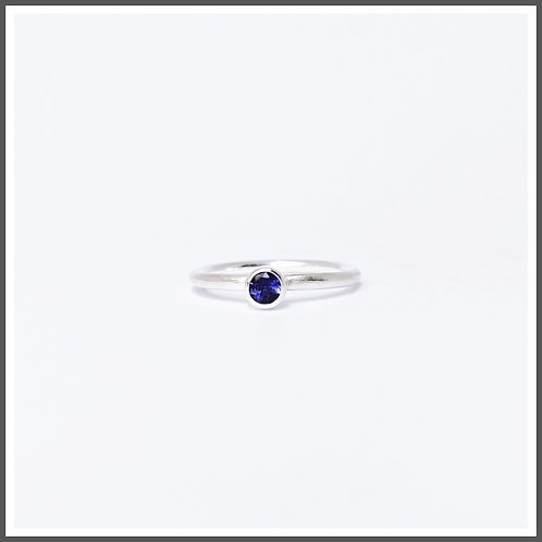 Iolite gemstone ring. Alternative September birthstone