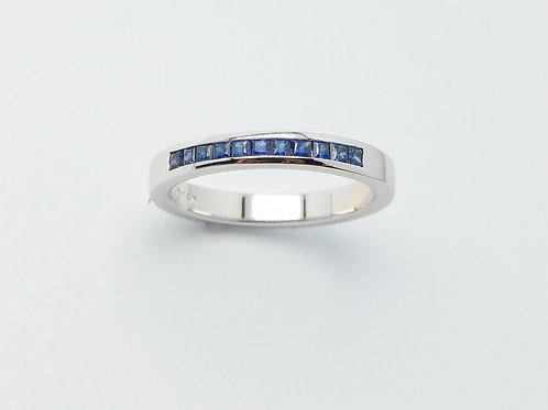 18 karat white gold sapphire band