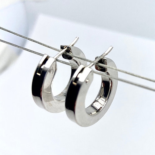 14 Karat White Gold Hoop Earrings