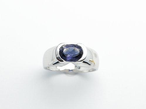 18 karat white gold iolite ring