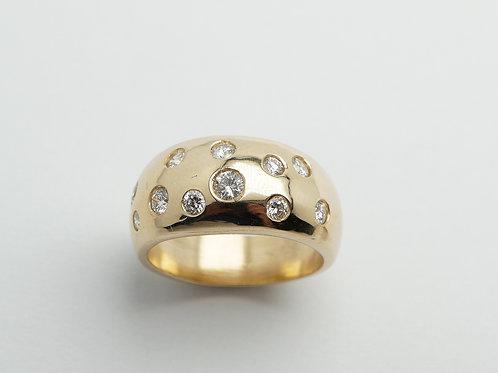 14 karat yellow gold diamond ring