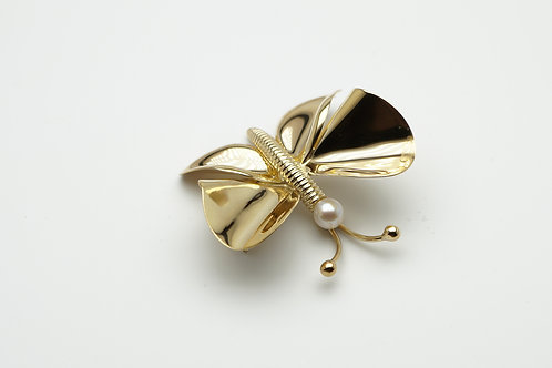 18 karat yellow gold pearl pin