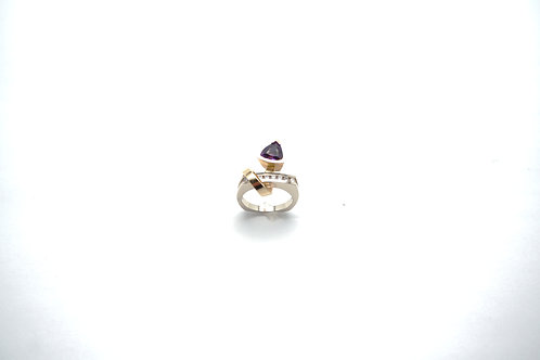 14 karat yellow gold and white gold amethyst and diamond ring