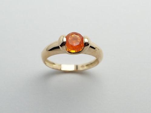 18 karat yellow gold fire opal ring
