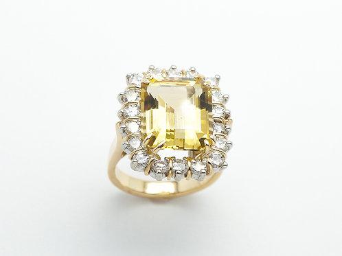 18 karat yellow gold and white gold lemon quartz and diamond ring