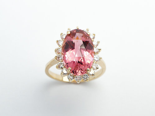 14 karat yellow gold pink tourmaline and diamond ring