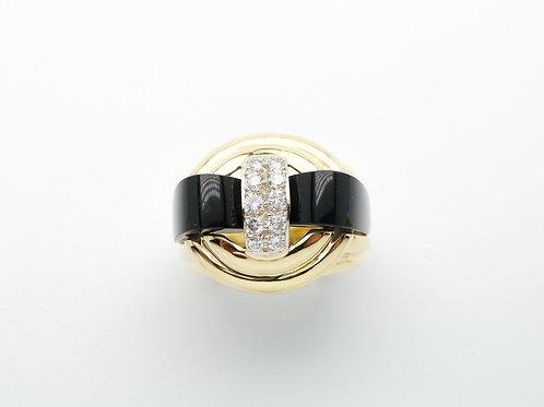 18 karat yellow gold black onyx and diamond ring