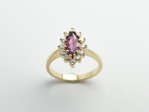 18 karat yellow gold ruby and diamond ring