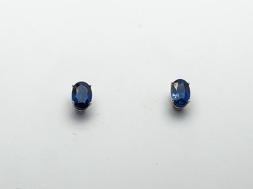 14 karat white gold sapphire earrings