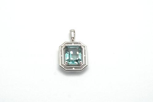 14 karat white gold green topaz pendant