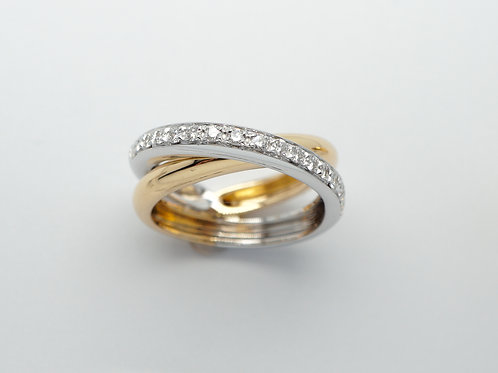 18 karat yellow gold and white gold diamond ring