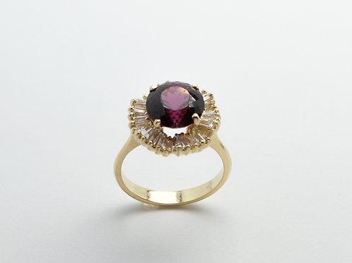 18 karat yellow gold rhodolite garnet and diamond ring