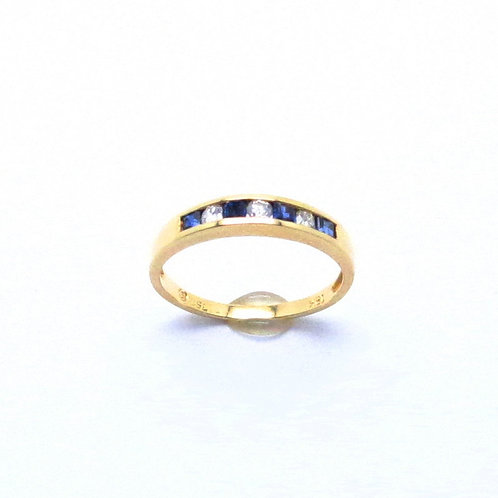 18 karat yellow gold sapphire and diamond band