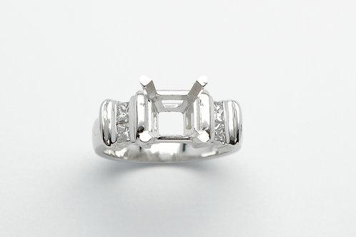 Platinum semi mount diamond engagement ring